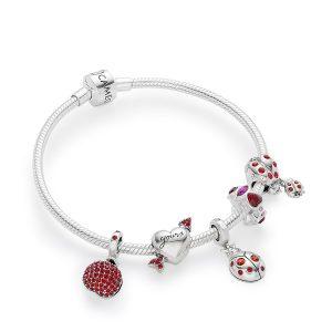 jewelry product photography Thailand bracelet on white background