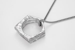 jewelry photography Bangkok silver necklace